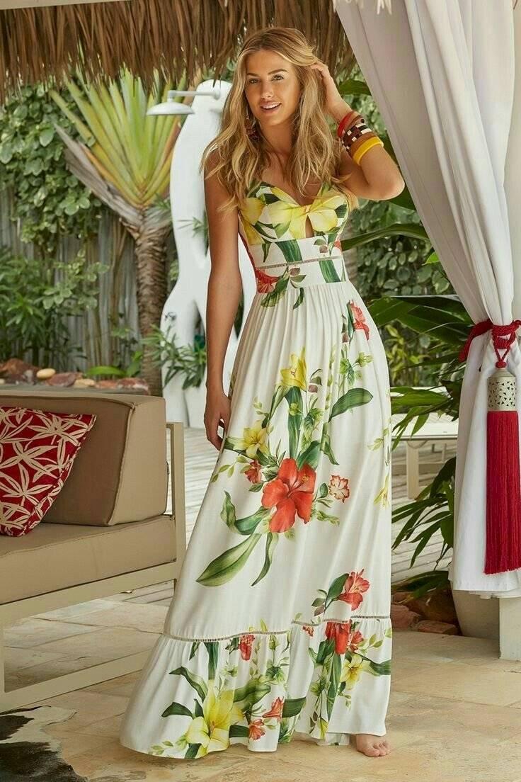 Los vestidos floreados están de moda
