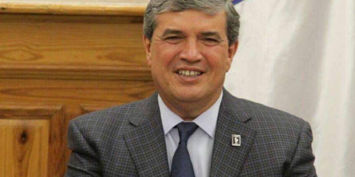 Votarán destitución de Manuel González