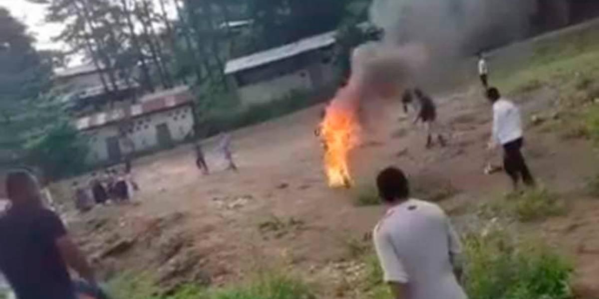 Guatemala: cuatro detenidos por linchamiento de guía espiritual al que quemaron vivo