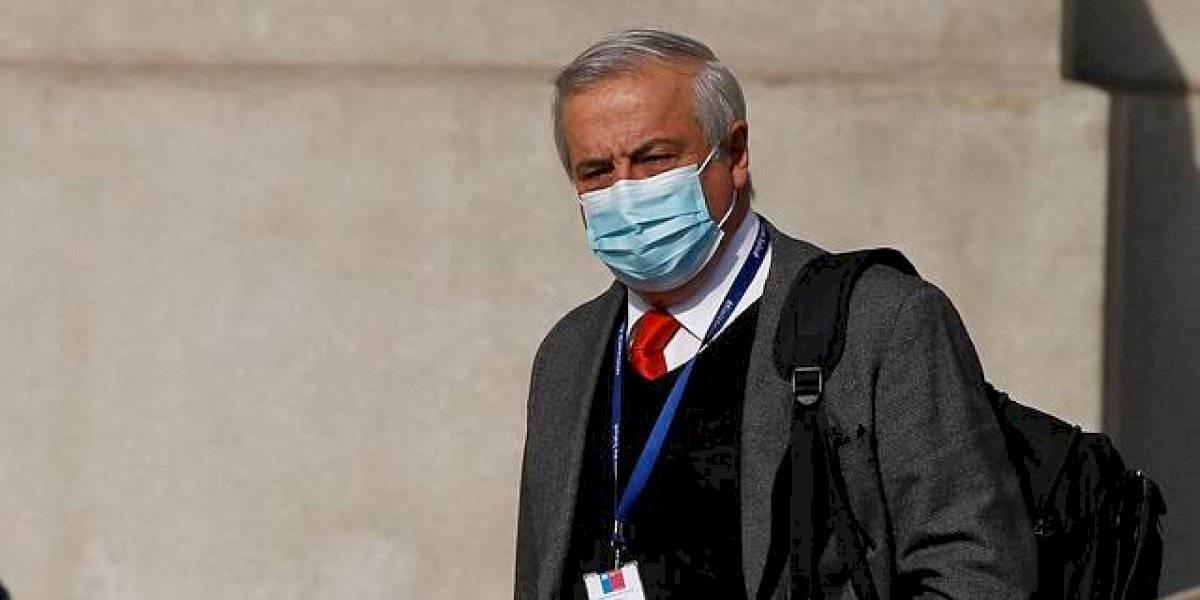 Mañalich reaparece públicamente y defiende su gestión en la pandemia tras acusación constitucional