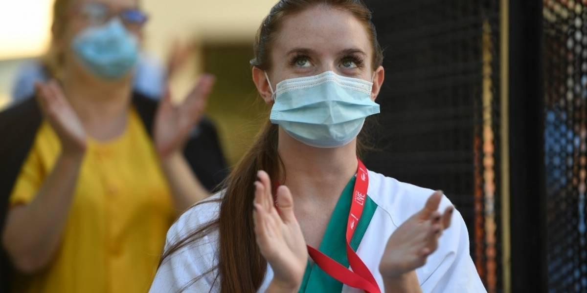 España impone la mascarilla obligatoria hasta derrotar al COVID-19