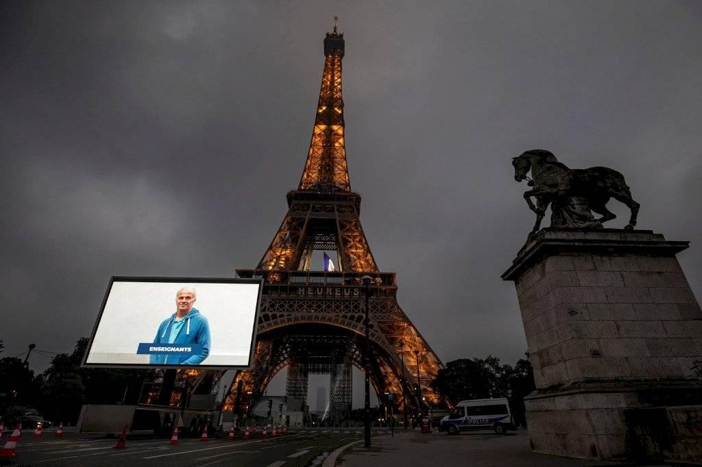 Torre Eiffel, cerrada por la pandemia de COVID-19