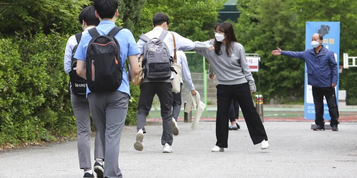 Epidemiólogos: no más abrazos, ni apretones de manos, ni menos salir con alguien que no se conozca muy bien