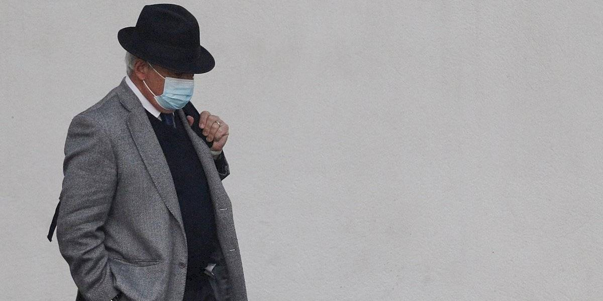 Mañalich barrió con diputado RN que anunció que no se vacunaría contra el coronavirus
