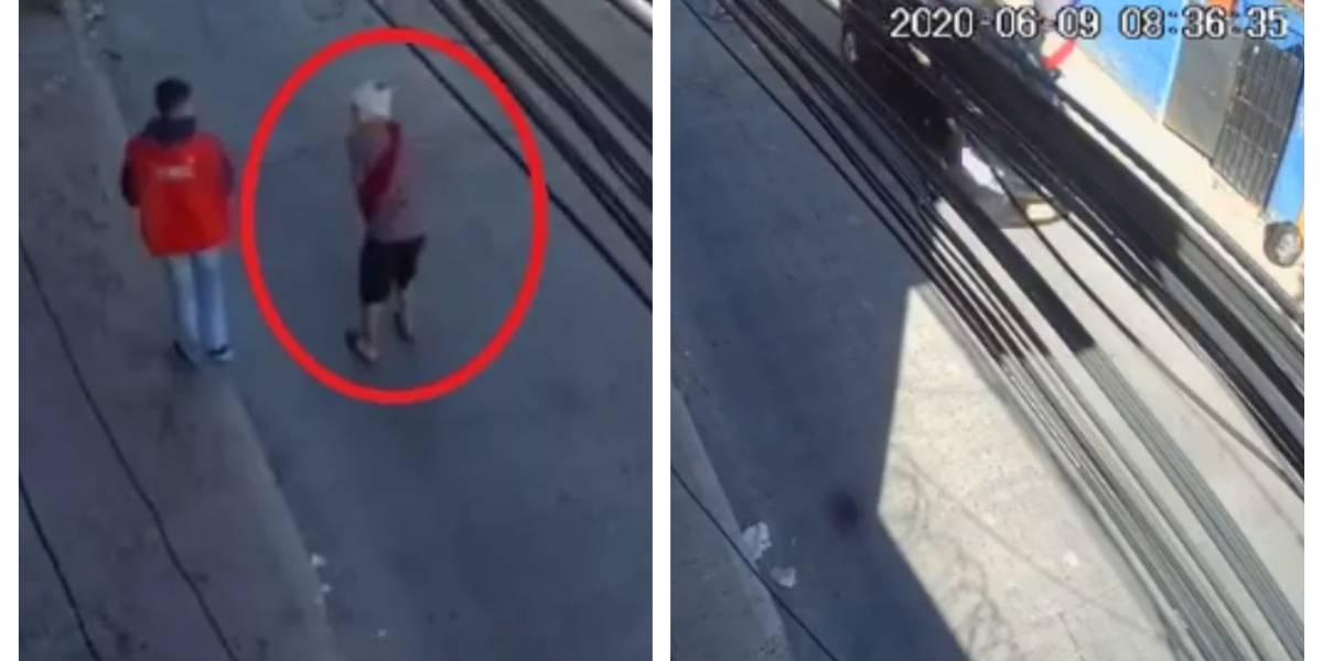 (VIDEO) Conductor escapó tras arrollar a joven que camina con dificultad