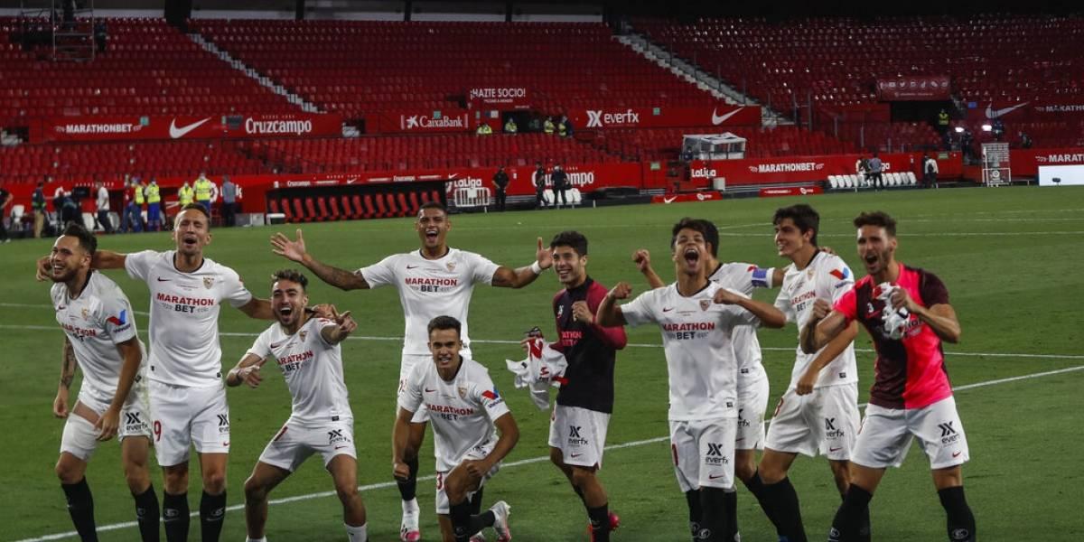 Volvió el fútbol en España: el Sevilla festejó en un estadio vacío