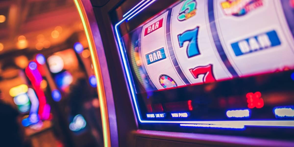 Buscan investigar permisos otorgados para operar máquinas de juegos de azar