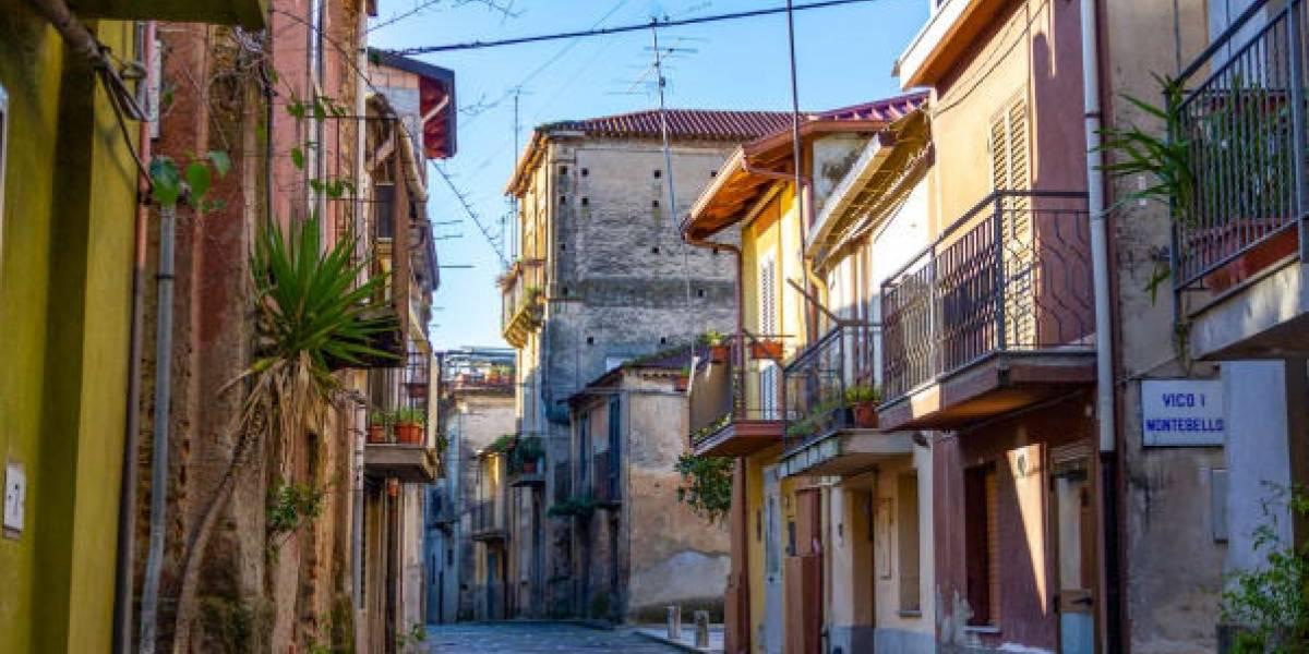 """¡Un gangazo! Pueblo de Italia 'regala' casas en zona """"libre de Covid-19"""""""
