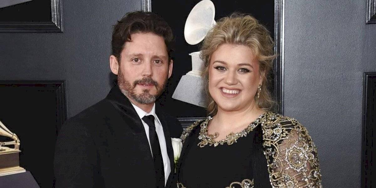 Kelly Clarkson radica demanda de divorcio tras casi siete años de matrimonio