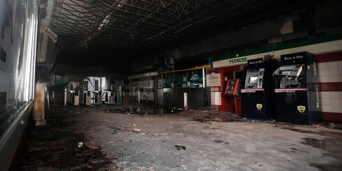 Fiscalía pide hasta 20 años de cárcel para imputados por incendio en estación de Metro Pedrero