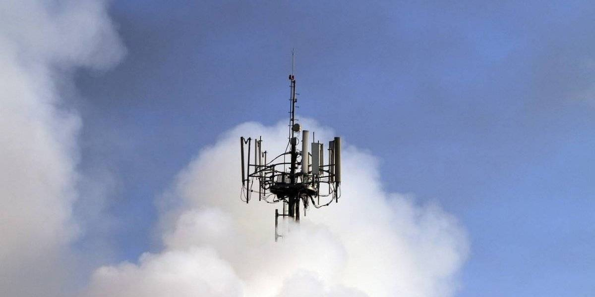 Por desinformación sobre la Covid-19 retuvieron a trabajadores que reparaban una antena 5G