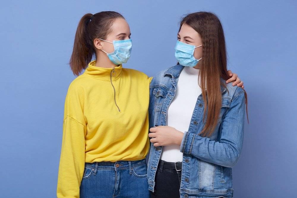 abrazos después del coronavirus