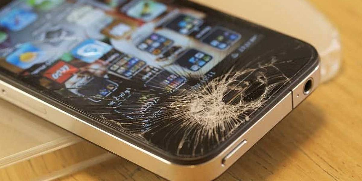 """Celulares: 10 errores bastante comunes que acortan la """"vida"""" de tu smartphone"""