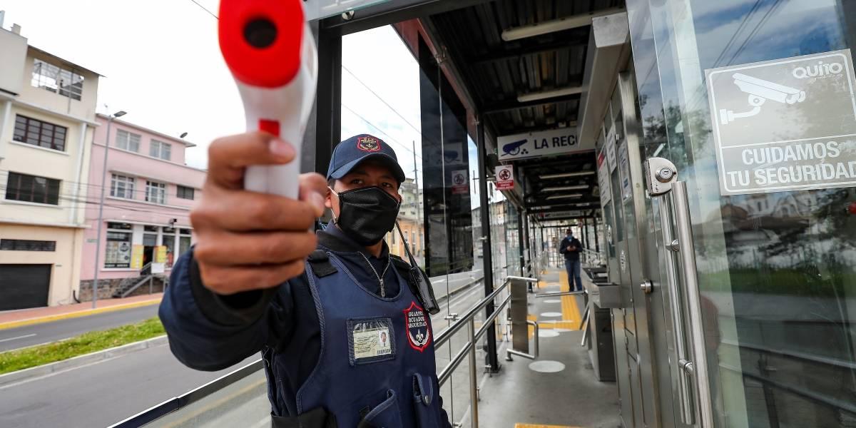 Desde que Quito pasó a semáforo amarillo hay 1.031 casos más de coronavirus