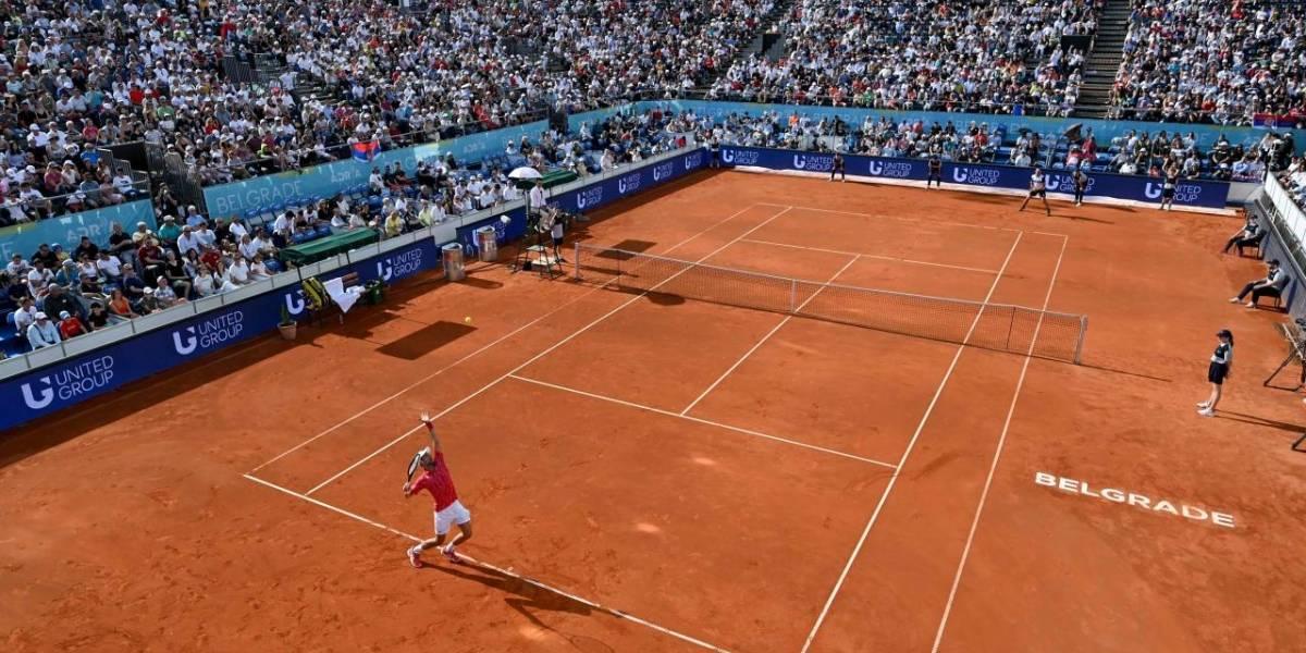Novak Djokovic: Más de 4.000 espectadores, la mayoría sin mascarilla, llenaron el estadio de tenis