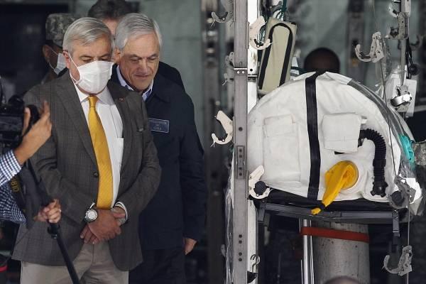 """Correos Minsal: Defensas de Piñera y Mañalich acusan """"persecución ideologizada"""" y falta de """"objetividad"""""""