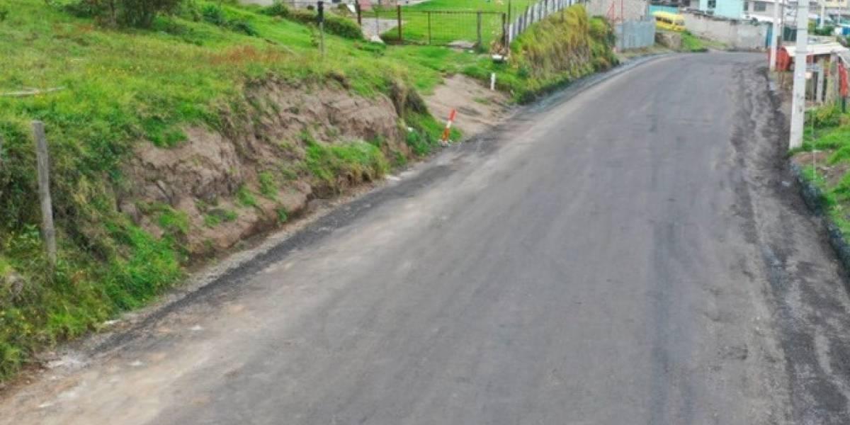 Hay indicios de responsabilidad penal en el contrato para pavimentación de Quito, dice Contraloría