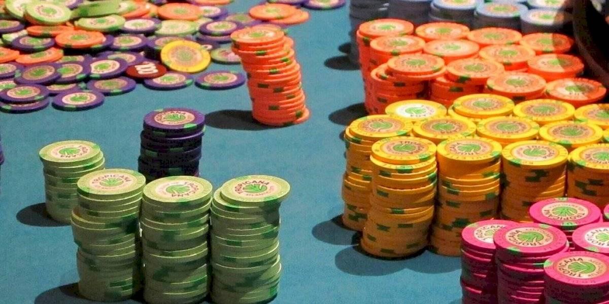 Casinos piden se permita apostar sin dinero en efectivo