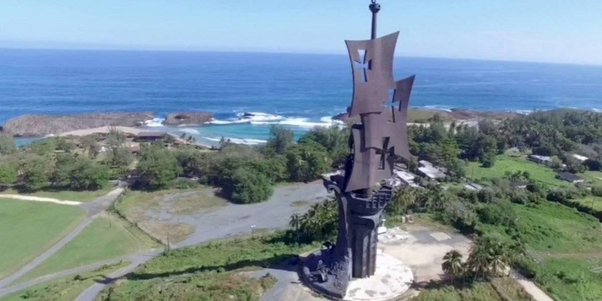 Alcalde de Arecibo se opone a demolición estatua de Cristóbal Colón