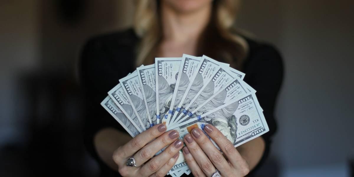 72% de las personas no se siente cómodo hablando de deudas con sus amigos