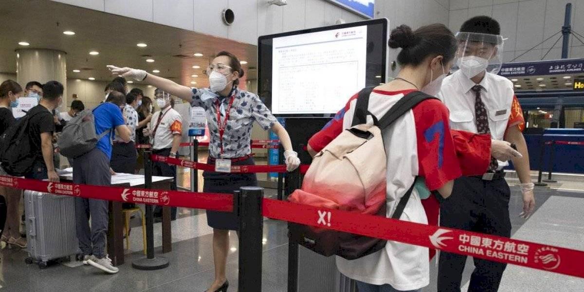 """Todo """"controlado"""" en Pekín tras rebrote de nuevo coronavirus"""