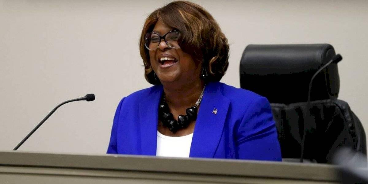 Ciudad de Missouri juramenta a su primera alcaldesa negra