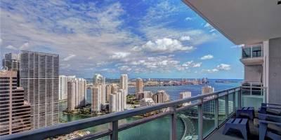 Dalo Bucaram y su familia se hospedan en un lujoso hotel en Miami