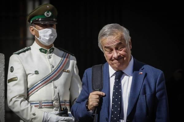 """Alinco confirma que aprobará acusación contra Mañalich por """"arrogante, insensible y mentiroso"""""""