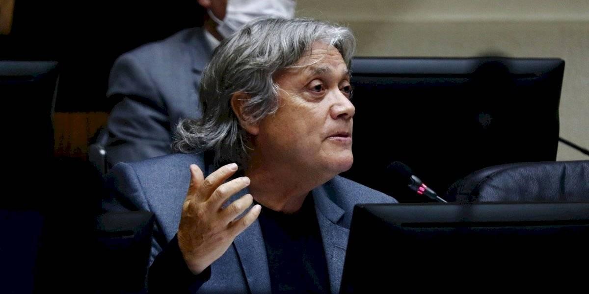 """Senador Navarro: """"El Senado debe aprobar el 10% sin letra chica"""""""