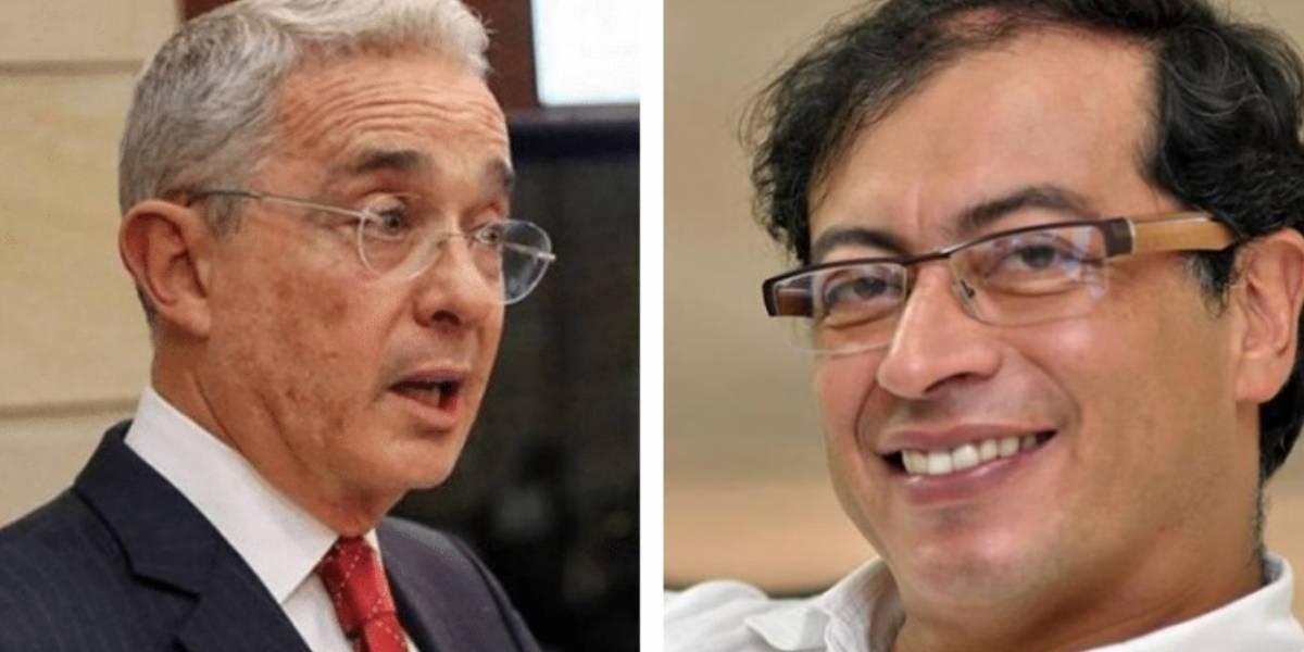 Uribe dice que Petro pidió ayuda a Carlos Castaño