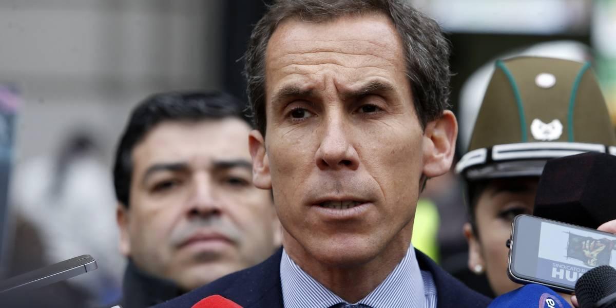 Digno de Ripley: alcalde Felipe Alessandri salvó a su mamá de robo de falsos sanitizadores