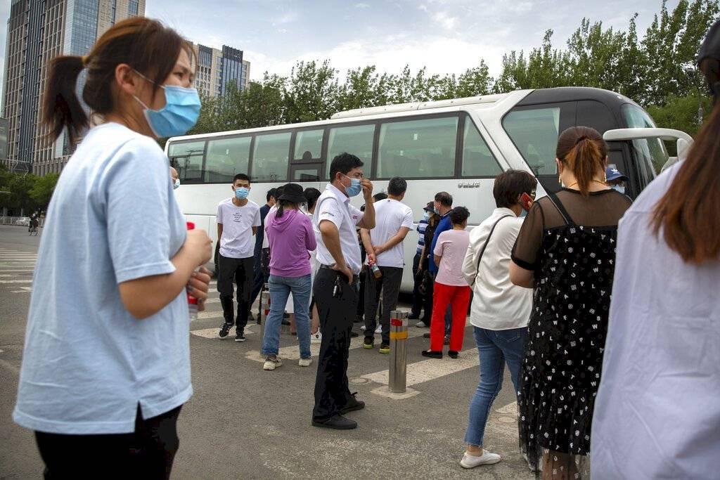 No podrán abandonar Beijing personas que hayan dado positivo por Covid-19, contactos cercanos, casos asintomáticos