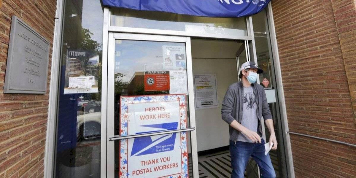 1.5 millones de personas piden ayuda por desempleo en EE. UU.