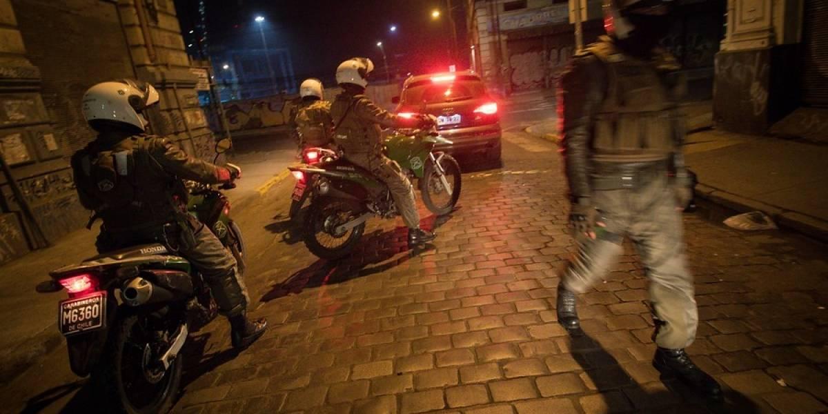 Los porfiados no paran: Seis meses de cárcel para sujeto que infringió el toque de queda en tres ocasiones