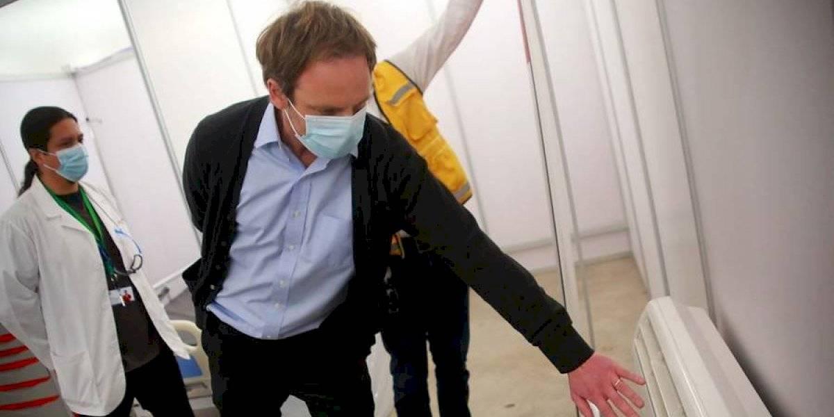 """Gobierno descarta la idea de trasladar pacientes con covid-19 a Argentina: """"Acá aún hay camas y aún podemos seguir creciendo"""""""