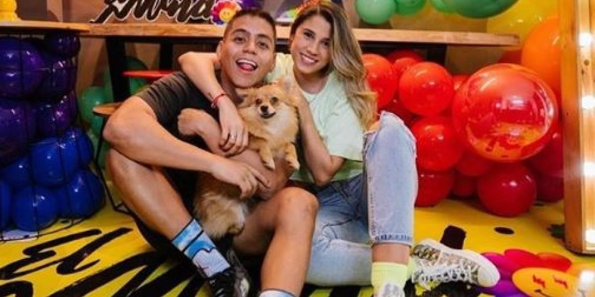(FOTOS) La novia de El Mindo se roba las miradas en redes sociales