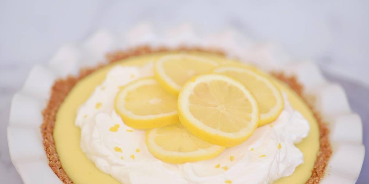 A sobremesa de limão que leva 10 minutos para fazer e você não vai se arrepender