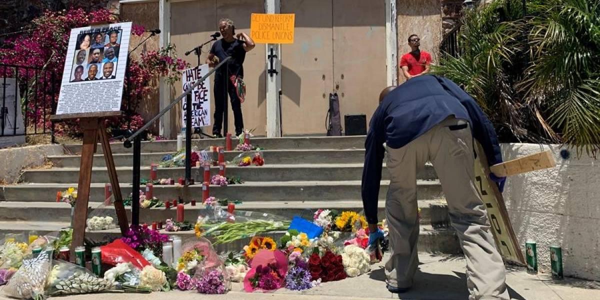 Expulsan en EEUU a Policía implicado en la muerte de una mujer afro