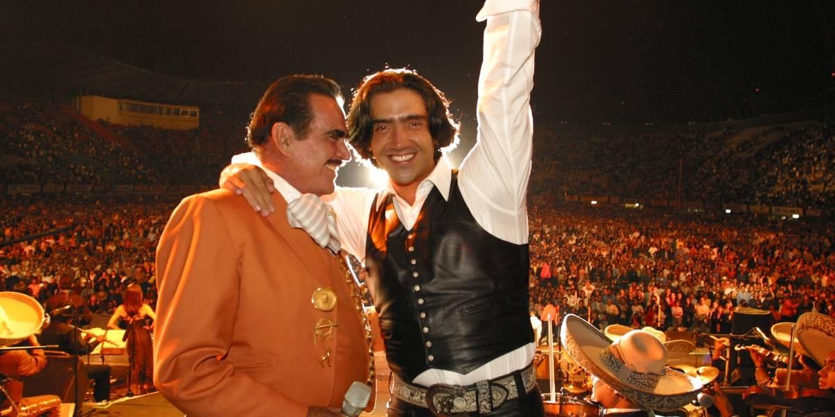 Alejandro Fernández estrena video de 'Mentí' junto a Vicente Fernández