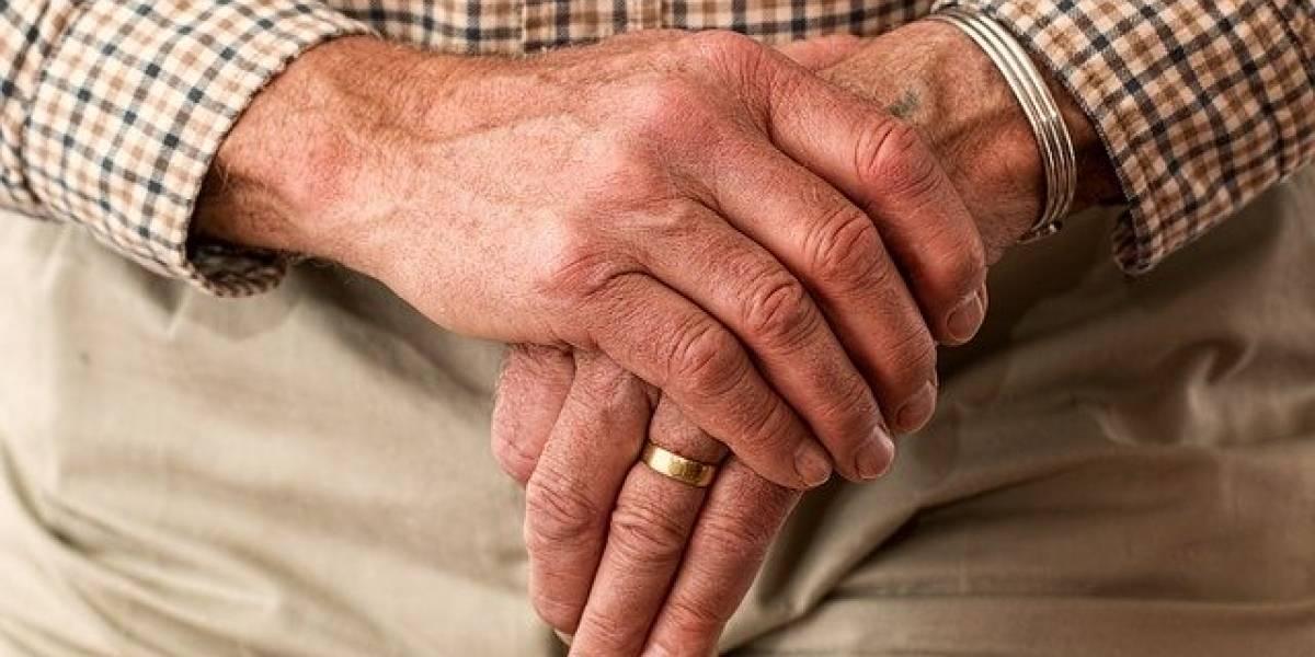 EEUU: Una de cada 4 muertes por coronavirus fue en hogares de ancianos