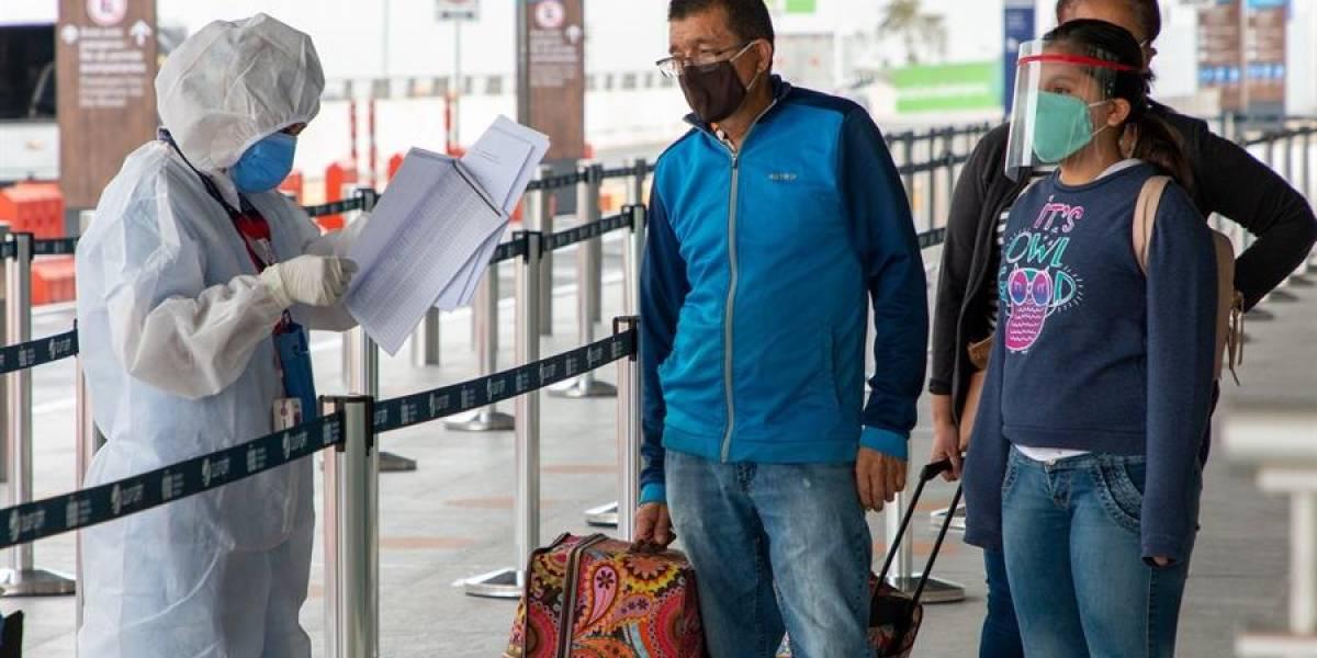 Ya no se deberá presentar prueba de COVID-19 para vuelos nacionales