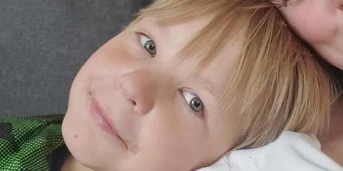 Niño de 11 años murió después de que sus padres lo obligaran a tomar 4 litros de agua en 4 horas