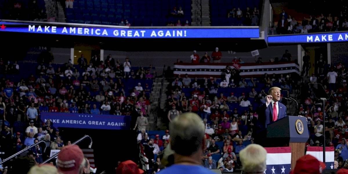 Trump vuelve a mítines, pero sin la fuerza que esperaba