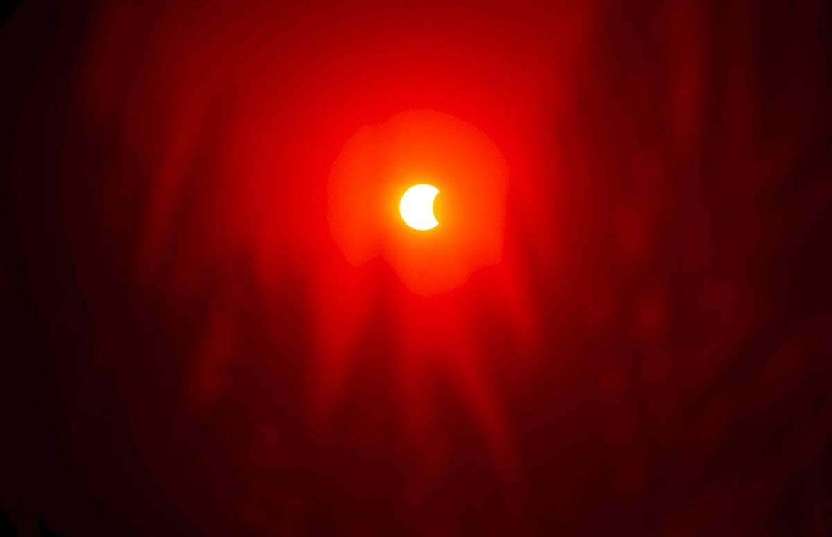Eclipse solar anular parcial visto desde El Cairo, Egipto