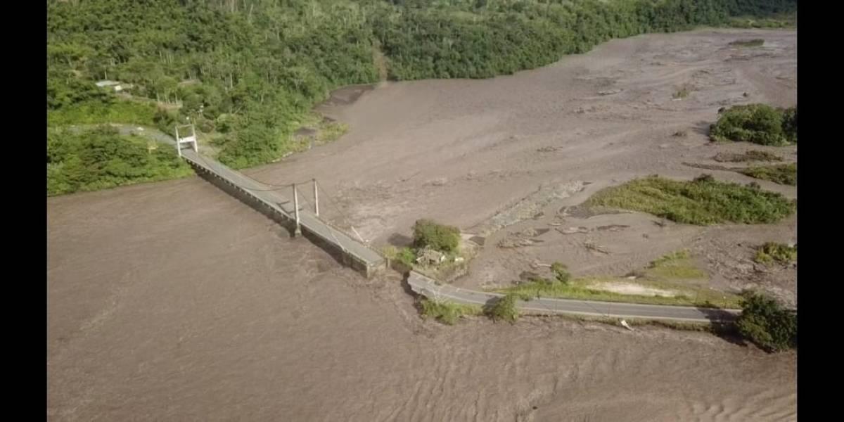 Desbordamiento del río Upano colapsa la vía Macas-Puyo