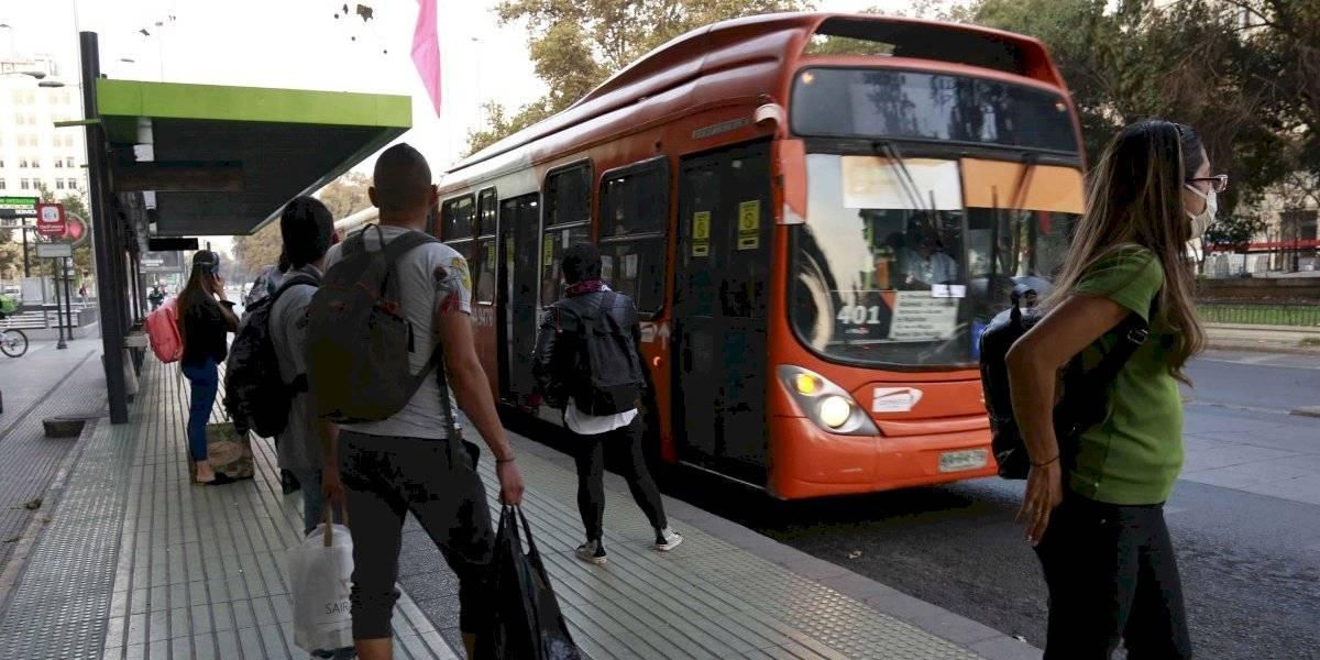 Informe Nacional de Movilidad: otra vez aumentó el flujo de vehículos en la Región Metropolitana durante la semana