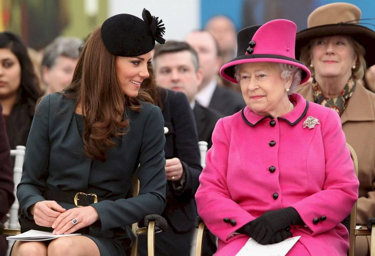 """A pesar de que se ha evidenciado que Kate Middleton es la favorita de la reisa Isabel II, nunca podrá ser llamada """"Princesa"""""""