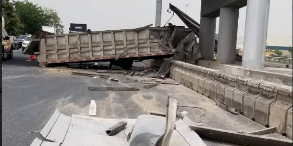 Reportan accidente con camión en la PR-22