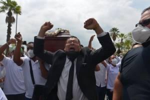 Despedida de Carlos Luis Morales en Parque de la Paz