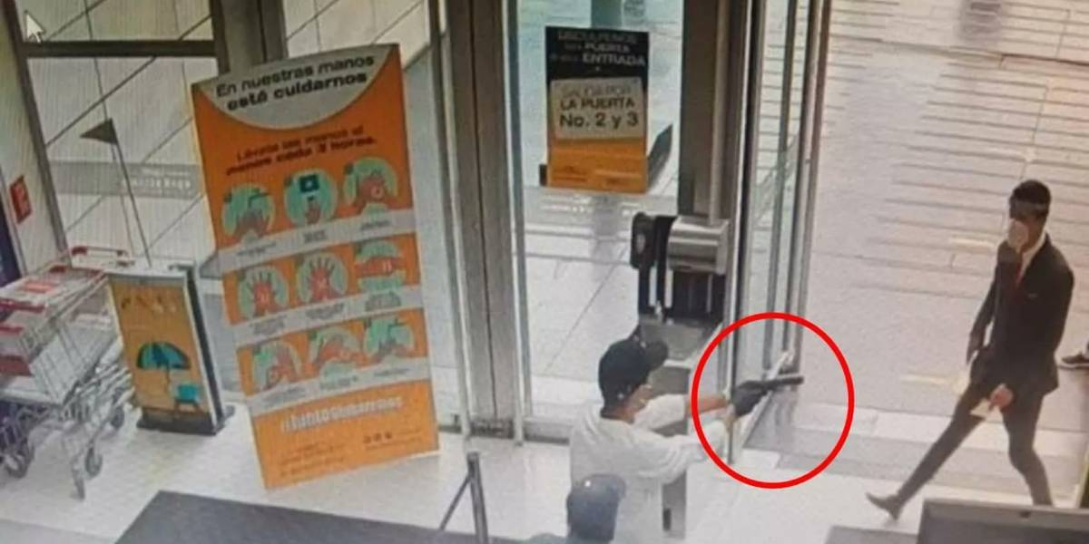 Robo de película en el Centro Comercial Gran Estación: ladrones asaltaron joyería